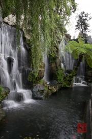 Longshan Tempel - Waterfall
