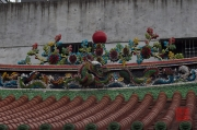 Taiwan 2012 - Taipei - Longshan Tempel - Dachkantenrelief - Drache