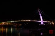 Taiwan 2012 - Taipei - Tamsui - Fishermans Wharf - Bridge Purple