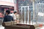 Malaysia 2013 - Georgetown - Buddhist Temple - Incense Sticks
