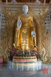 Malaysia 2013 - Georgetown - Burmese Buddhist Temple - Standing Buddha