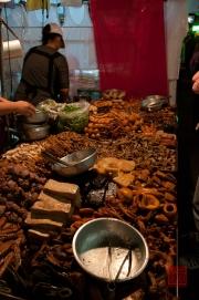 Taiwan 2012 - Taipei - St. Raohe Nachtmarkt - Essensstand