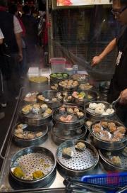 Taiwan 2012 - Taipei - St. Raohe Nachtmarkt - gedämpfte Gyoza