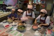 Taiwan 2012 - Taipei - Beitou - Markt - Gyoza Herstellung