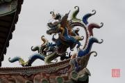 Taiwan 2012 - Taipei - Dalongdong Baoan Tempel - Dach - Drache blau