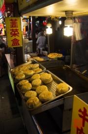 Taiwan 2012 - Taipei - Ningxia Nachtmarkt - Dampfnudeln