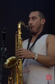 Das Fest 2013 - Karamelo Santo - Saxophone