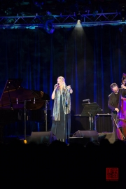 David Gazarov Trio Jazz Xmas Concert - Caroll Vanwelden IV