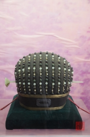 Ming tombs - Hat of Emperor