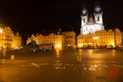 Prague 2014 - Jan Hus Memorial & Tyn Church by Night