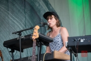 Folk im Park 2016 - Matthew and the Atlas - Emma Gatrill II
