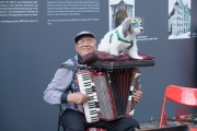 Bardentreffen 2016 - Accordion with Dog